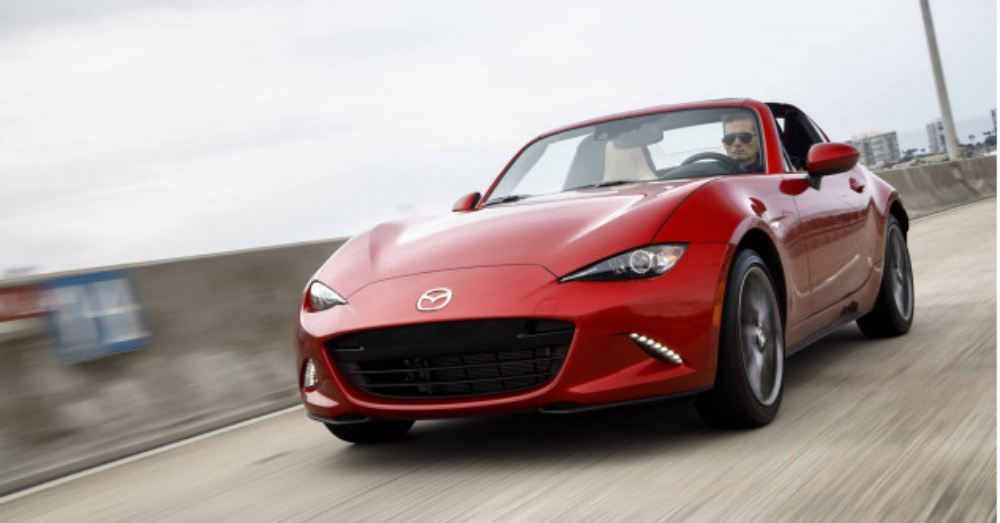 Look Around Inside the Mazda MX-5 Miata