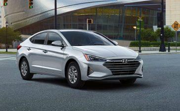 Compact Sedan - The Hyundai Elantra Gives You the Right Stuff