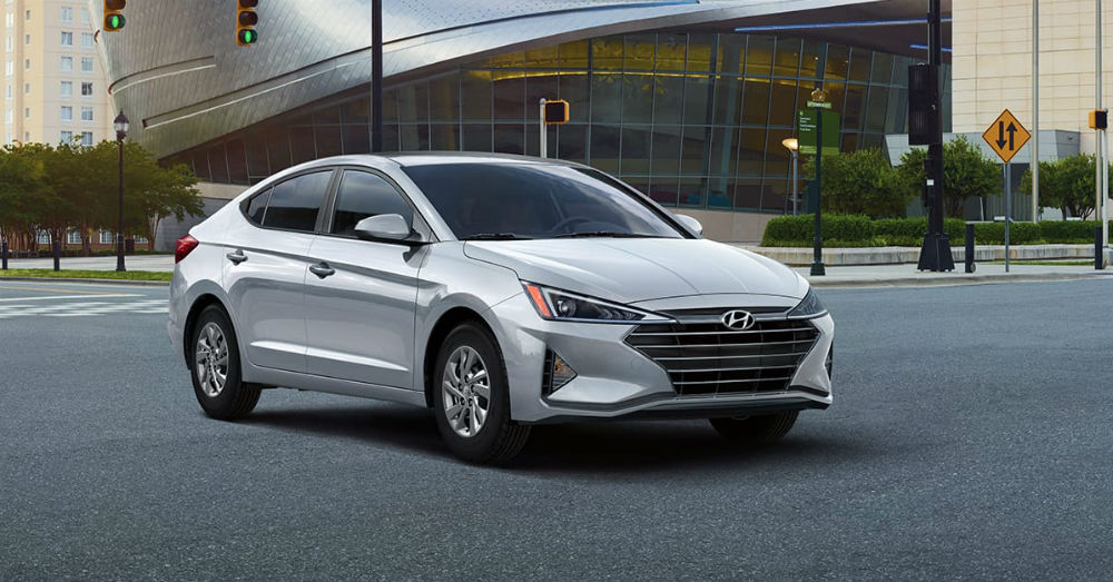 Compact Sedan - The Hyundai Elantra Gives You the Right Stuff