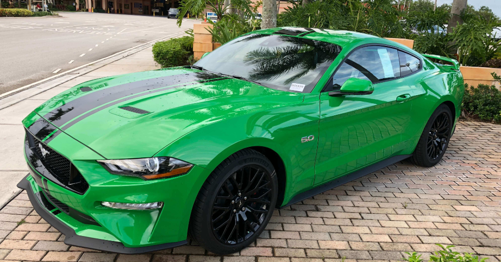 Green Never Looked So Good as it Does in the Ford Mustang