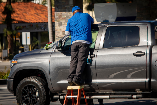 Car Cleaning 101 – Drive Around in a Clean Ride