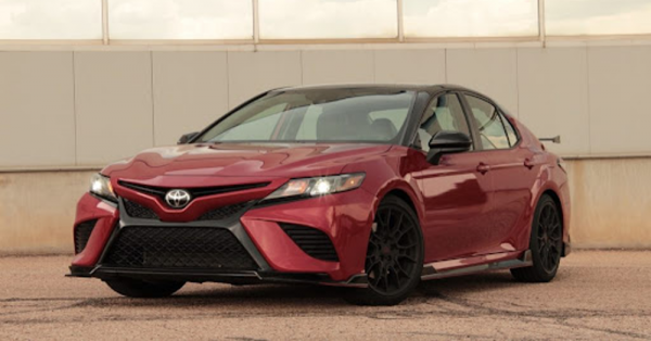 2022 Toyota Camry: Enduring Strength and Reliability
